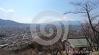 Górski Fudżi punkt widzenia w Kawaguchiko Chureito Pagoda, Fujiyoshida, Japonia zdjęcie wideo