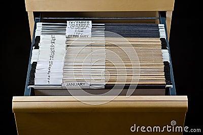 Armário de arquivo e 43 dobradores