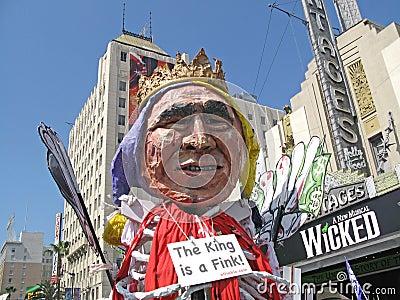 Galleggiante del Bush a raduno pacifista Fotografia Editoriale