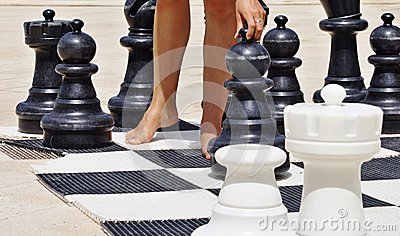 Game in chess on a beach