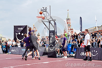 Game between teams during Dudu Streetbasket fest Editorial Image