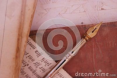 Gammal blyertspenna för handskrift