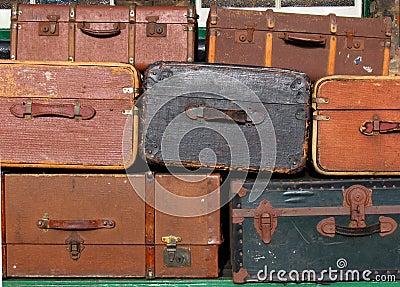 Gammala resväskor