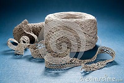 Ganchillo de lino del cordón