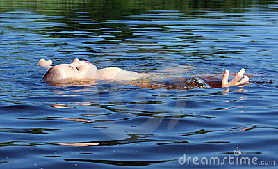 Garçon de natation