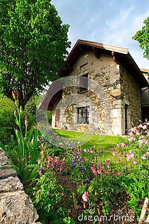 Free Garden And House Stock Photos - 2440183