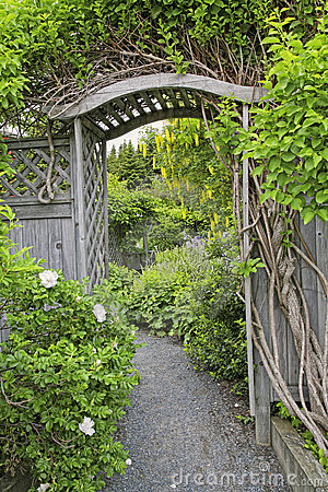 Free Garden Arbor Stock Photos - 21672943