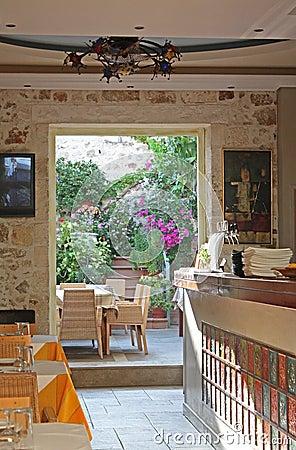Garden cafe in Crete