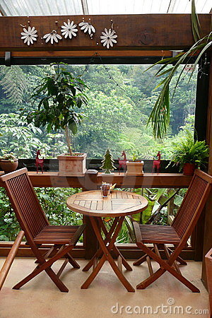 Garden cafe: table for two