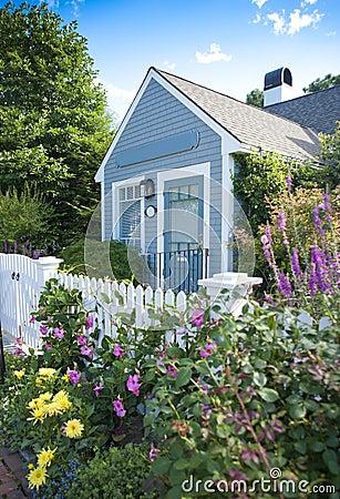 Free Garden Cottage Stock Photos - 20793233