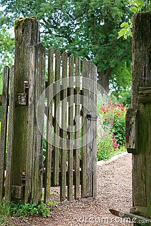 Free Garden Entrance Stock Photography - 12460842