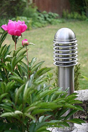 Free Garden Lighting Royalty Free Stock Photography - 19582607