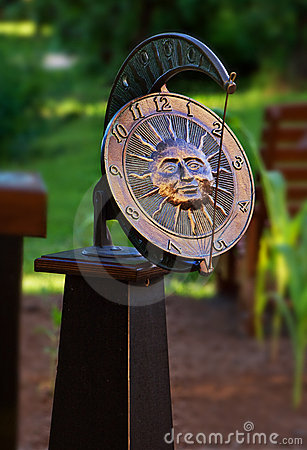 Garden sundial clock
