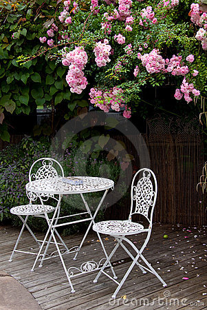 Garden table with roses