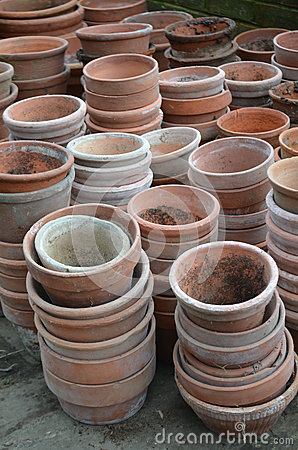 Free Garden Terracotta Plant Pots. Stock Photography - 66577282