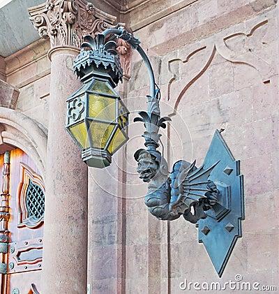 Gargoyle lamp
