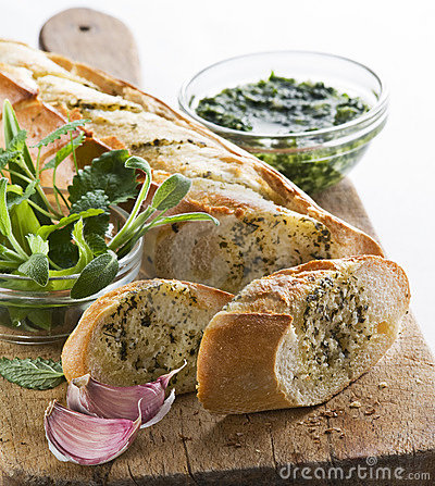 Free Garlic Bread Royalty Free Stock Images - 13946759