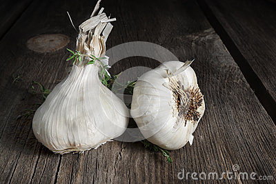 Garlic Bulbs Royalty Free Stock Photo - Image: 28945545