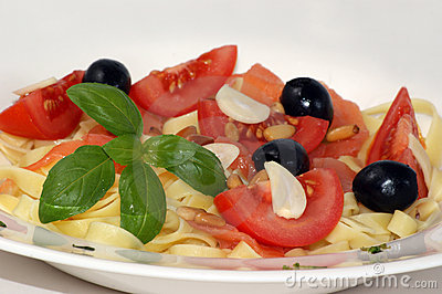 Garlic, olive, tomato and pasta