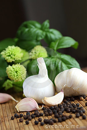 Garlic, peppercorns and basil