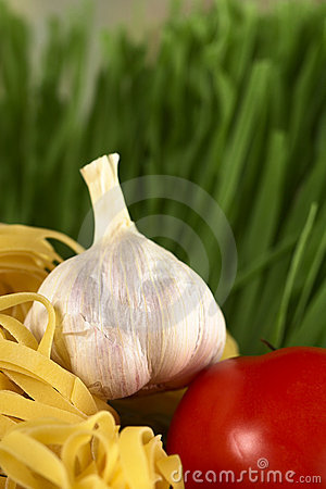 Garlic, Tomato and Pasta