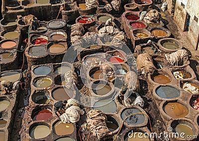 Garveri i Fez, Marocko Redaktionell Arkivbild