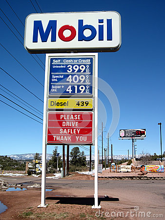 Free Gas Price Start To Fall Royalty Free Stock Images - 25076609