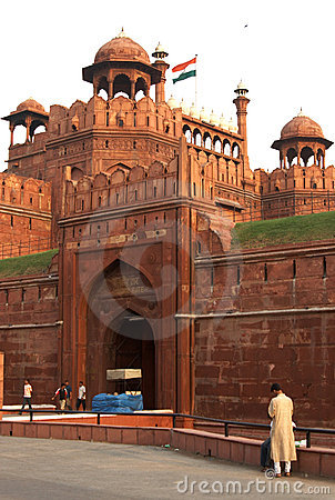 Free Gate Of The Red Fort Royalty Free Stock Photo - 5138875
