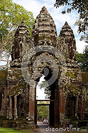 Gate to Angkor Thom. Angkor, Cambodia