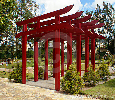 Gates torii