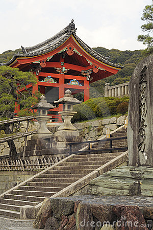Gateway of Kiyomizu-dera temple, Kyoto, Japan