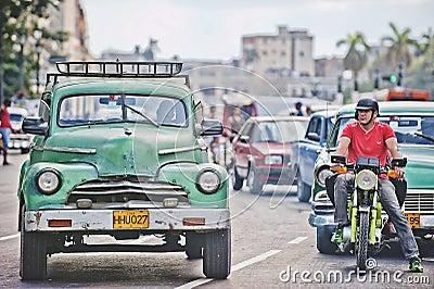 Gator av Havanna Redaktionell Foto