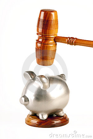Gavel of truth and pig