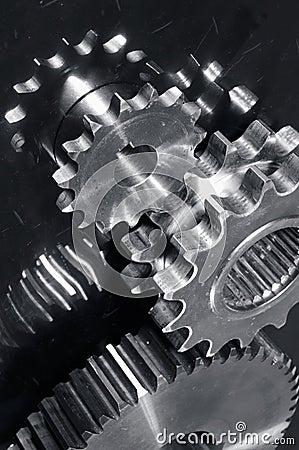 Gear machinery in titanium