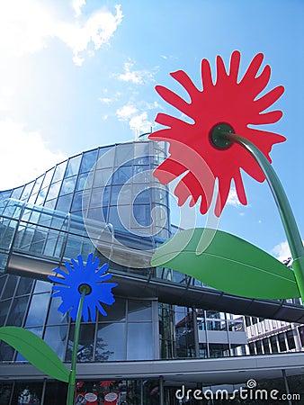 Gebäude u. Blumen
