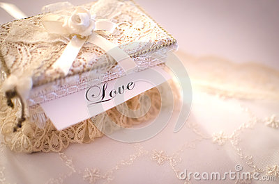 Gehaakte doos, liefdeconcept