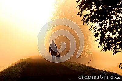 Gehen in den Nebel