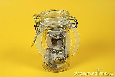 Geld-Glas
