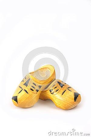 Gele houten schoenen van Nederland