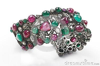 Gem stones bracelet