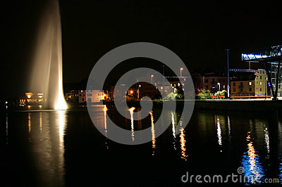 日内瓦在晚上