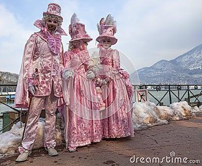 Gente disfrazada Fotografía editorial