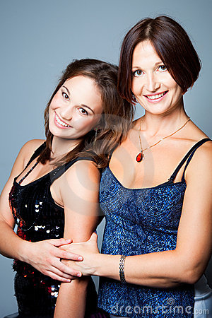 Free Gentle Family Relations Of Mother With Daughter Royalty Free Stock Photo - 21584605