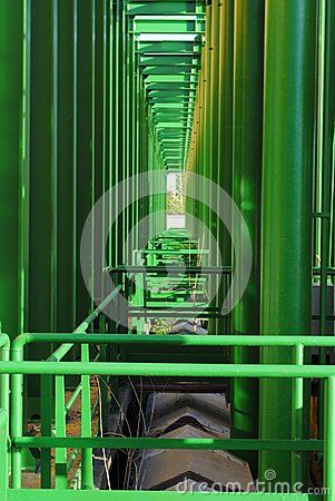 Geometries of green pipes