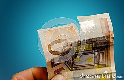 Gescheurd euro bankbiljet