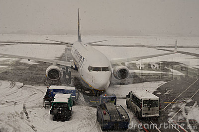Gesloten luchthaven, geannuleerde vluchten Redactionele Stock Foto