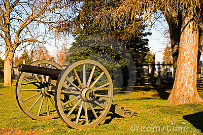 Gettysburg Cannon - 1