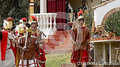 Gevangen Christus wordt geslagen door Roman legionairs, de Hartstocht. stock video
