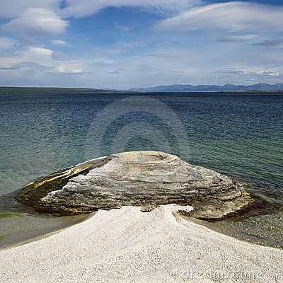 Free Geyser At Water S Edge Stock Photography - 2046382