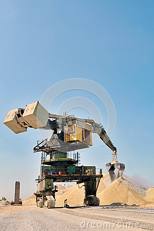 Free Giant Bucket Wheel Excavator Royalty Free Stock Photos - 32485078